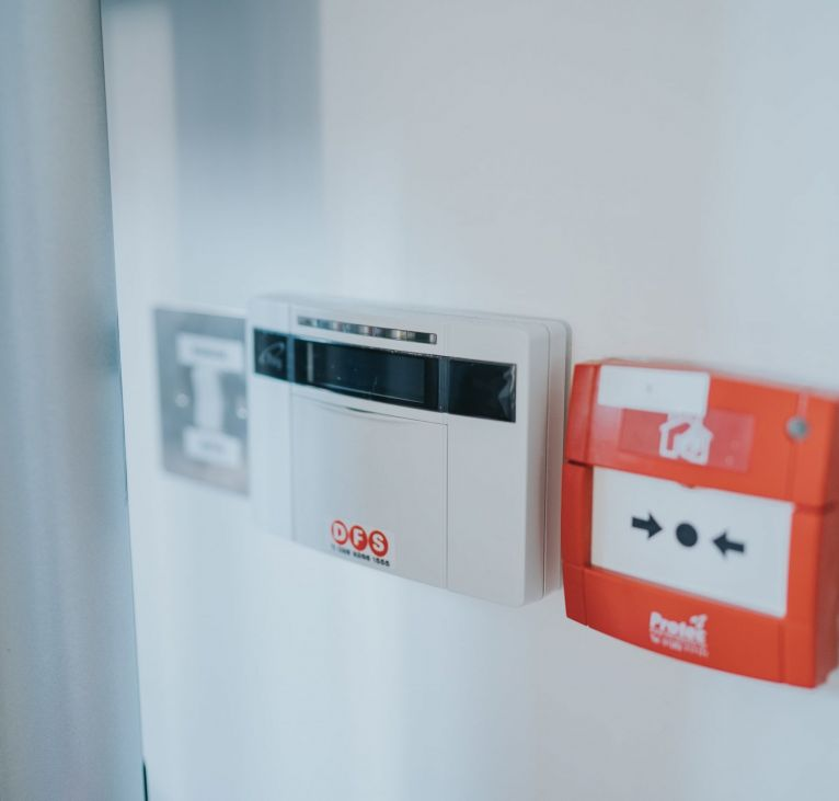 Modular building security system and fire alarm